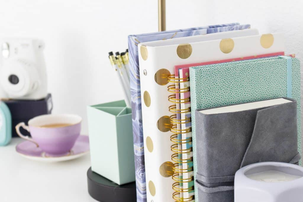 7 simple ways to spruce up your home office